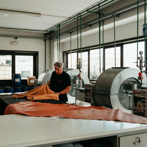 Roberto Brotini a lavoro